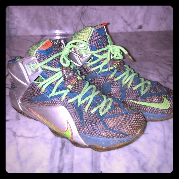 """3c090d179922 Lebron 12 """"trillion dollar man"""". M 5bee311afe515142954b2ef0. Other Shoes  you may like. Off white owl Nike"""